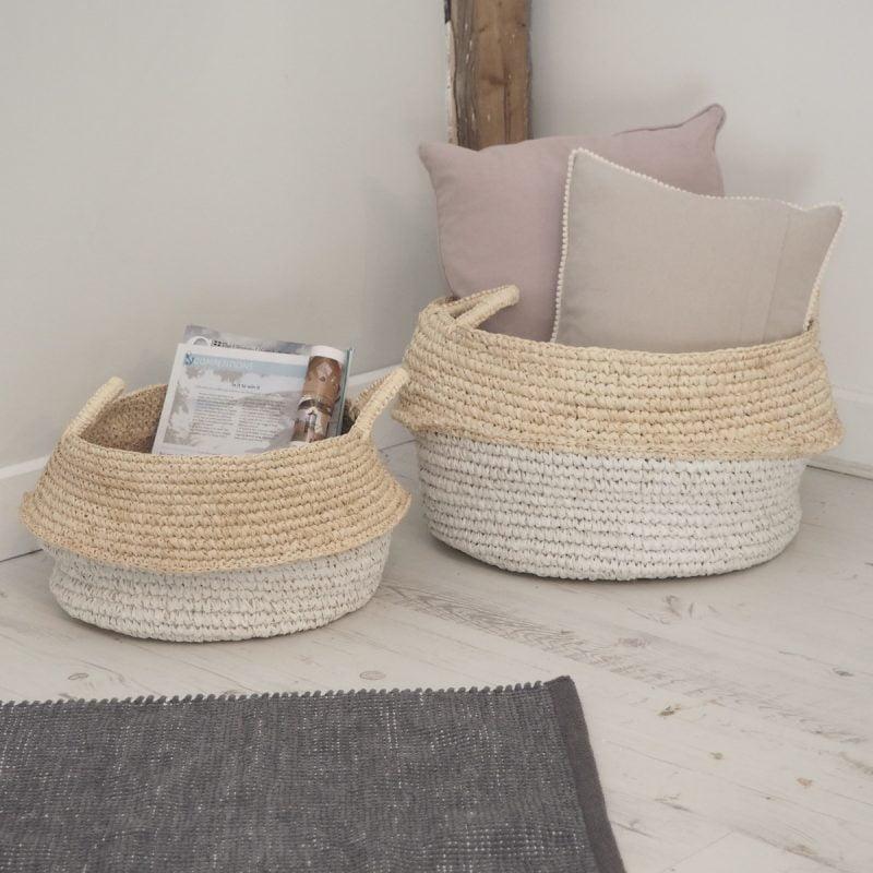 White And Natural Seagrass Wicker Baskets Zaza Homes