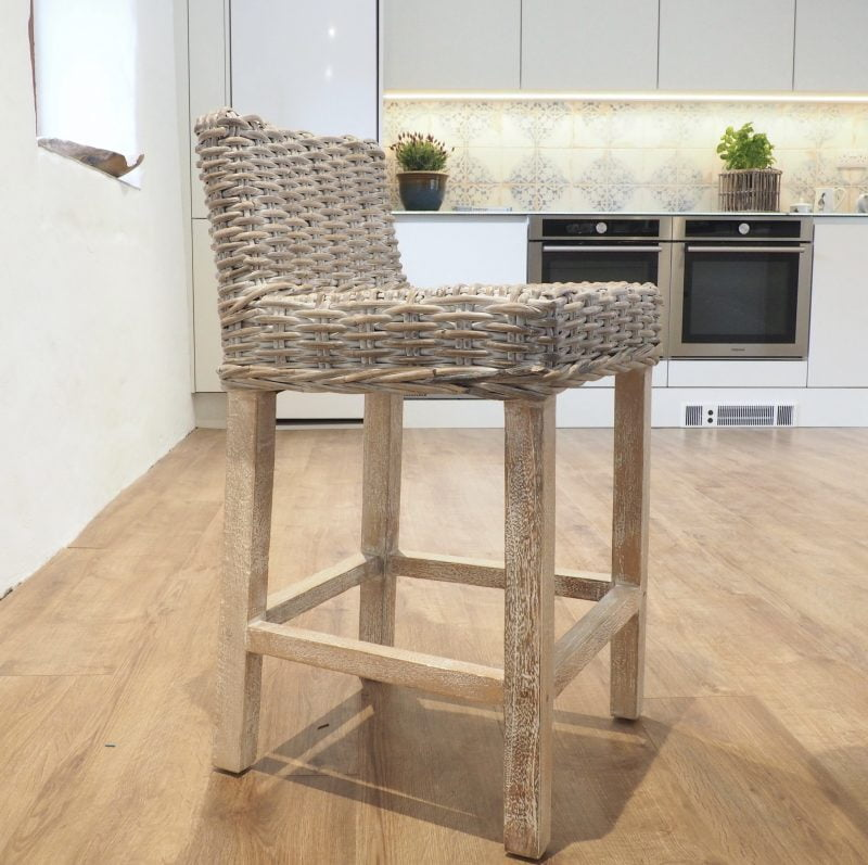 wicker kitchen stools